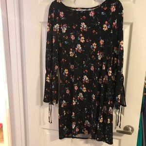 White House Black Market Black Floral Dress Medium